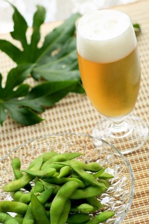 beer and edamame Stock Photo - 11093695