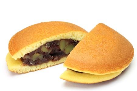 Questo si chiama dorayaki con un dolce giapponese.