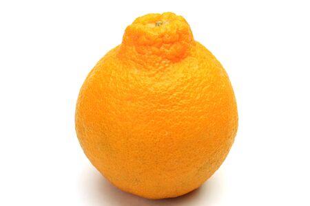 Questo si chiama dekopon con un arancio giapponese. Archivio Fotografico