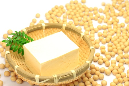 The tofu is a processed food of the soybeans