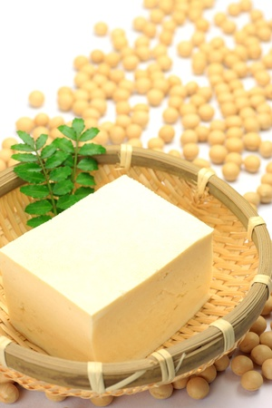 processed food: Il tofu � un alimento trasformato dei fagioli di soia