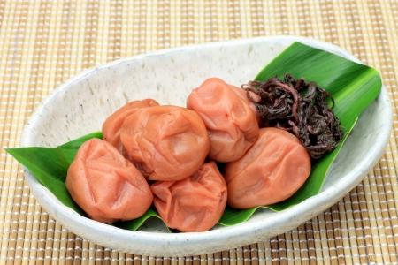 Questo si chiama umeboshi dal cibo giapponese.