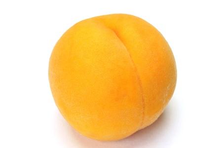 白地に黄桃。