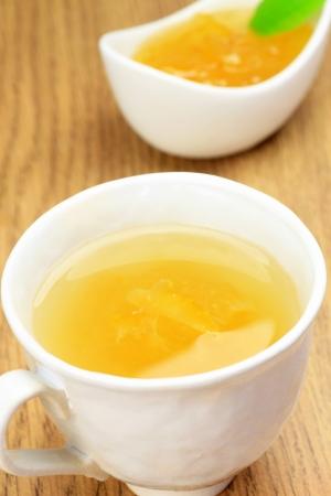 これは日本の飲み物と yuzucya と呼ばれる 写真素材