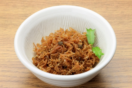 fishery products: This is called chirimen sansho by Japanese food.