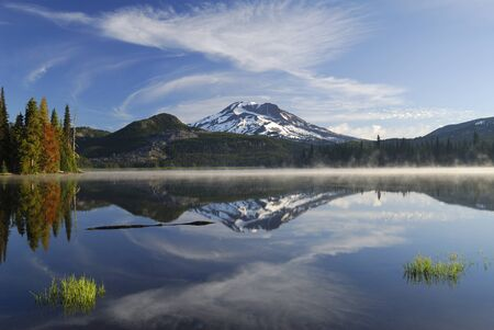 Morning mist on Sparks Lake with South Sister reflection LANG_EVOIMAGES
