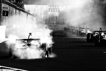 Voiture de course Maroc Formula E. Le Championnat FIA de Formule E est une classe de course automobile, utilisant uniquement des voitures entièrement électriques Banque d'images - 93467159