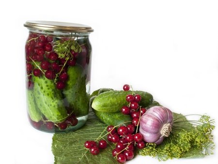 preservatives: cucumbers, canned no preservatives added with red currants