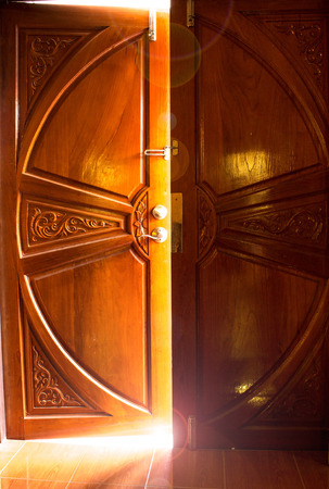 light door photo