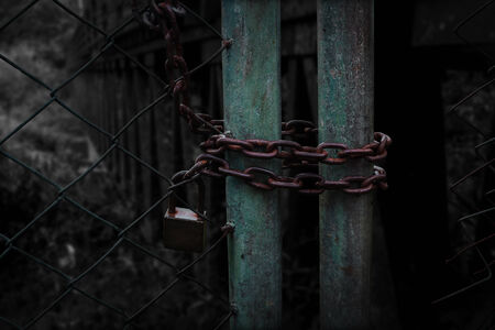 porte ancienne: Serrure de porte ancienne Chemin Darkness