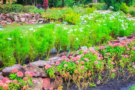 jardines flores: Jardines de flores, parques