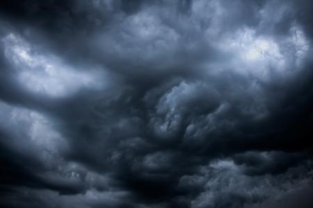 Dunkle Wolken - Big Sturm