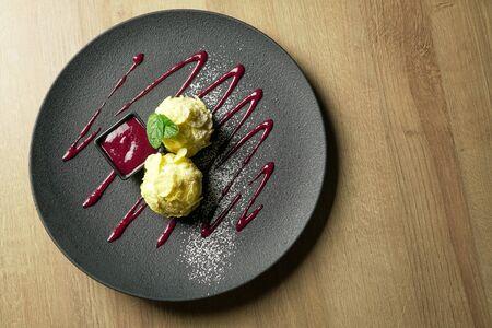Dessert on a restaurant table Archivio Fotografico - 137782877