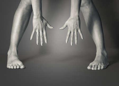 manos y pies: Mujer que estira las manos a los pies Foto de archivo