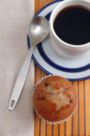 placemat: Tazza di caff� e piattino luogo su legno lamella-mat