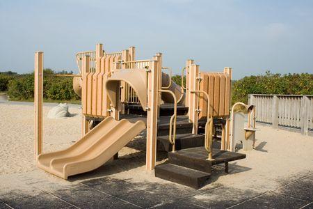 moulded: Brown moldeado de juegos del equipo en la playa Foto de archivo