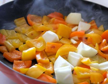 Onions and Sweet Peppers In Skillet Stock Photo - 9504014