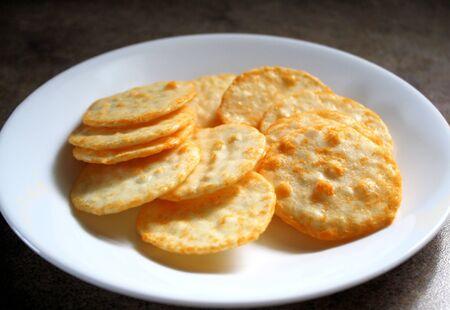 チーズ風味せんべい