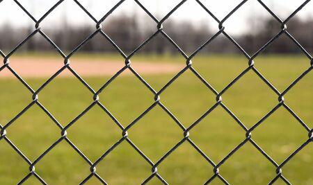 Chain Link Fence Omringende Baseball Field