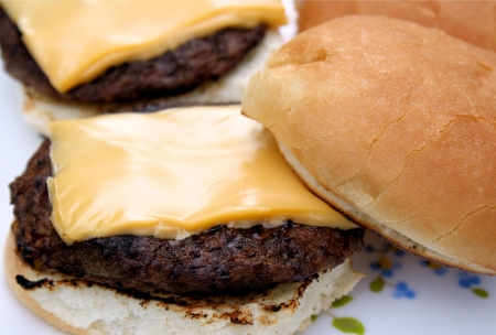 Grilled Burgers With Melted Cheese