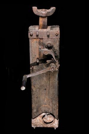 lifter: jack-screw lifter foundations vintage