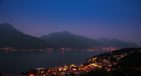 como: Evening panorama Lake Como Stock Photo