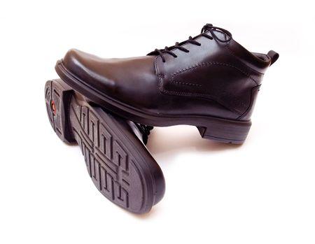 Eleganter schwarzer Männern-Paar Schuhe islated