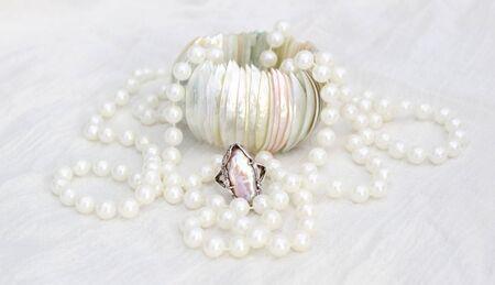 Swirls of Pearls