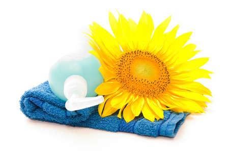 handwash: composici�n de toallas, girasol y jab�n l�quido  Foto de archivo