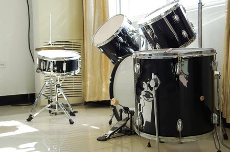 rhythm rhythmic: Drums