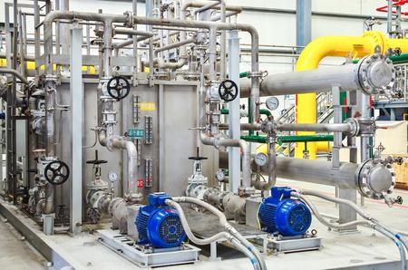 Large compressor units Editorial