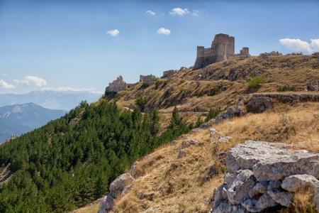 abruzzo: Rocca calascio castle -abruzzo italy Editorial