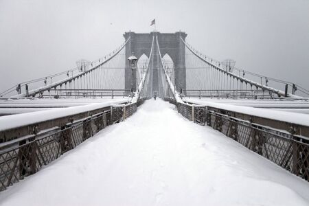 Brooklyn bridge, New York City, Manhattan snow storm February 26 2010