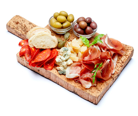 Italian prosciutto crudo or spanish jamon, cheese, olives and bread Stockfoto
