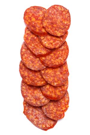 Salchicha española del chorizo ? ? en el fondo blanco Foto de archivo - 98022948