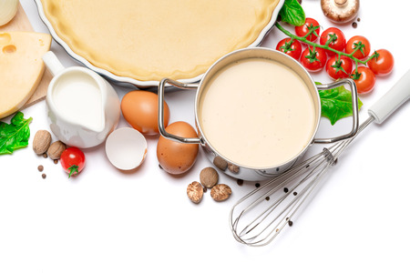 shortbread dough for baking quiche tart in baking form and ingredients Stockfoto