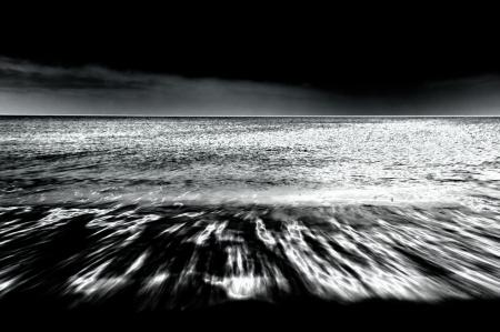 Disturbing sea in black   white infrared