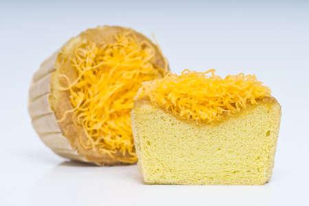 shredded egg yolk cake