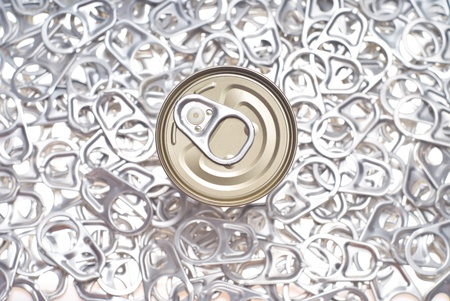 can and pull rings