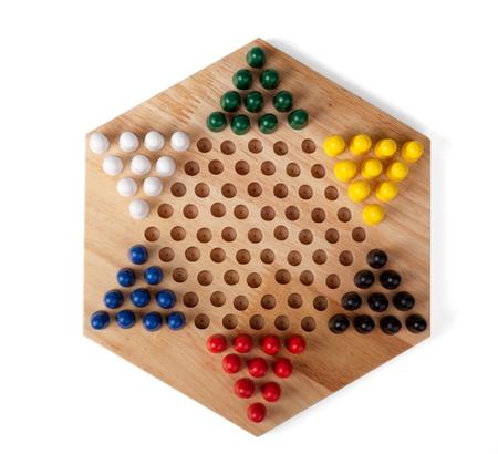 Chinese Checkers houten op de witte achtergrond wordt geïsoleerd Stockfoto