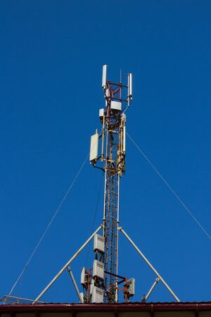 mobile communication: large antenna mobile communication