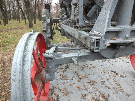 Tractor Universal from 30s monument back view 新聞圖片