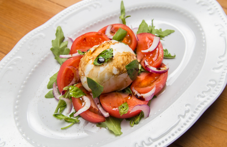 chive: Tomato salad with onion, chive and coriander