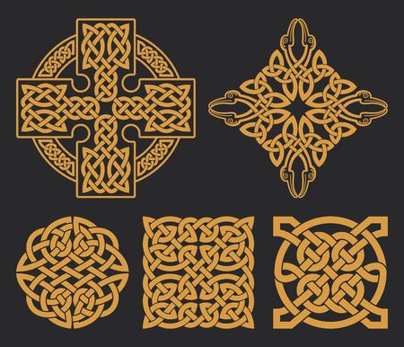 Vector Keltisch kruis en knoop set. Etnische versiering. Geometrisch ontwerp. T-shirt bedrukking. Stock Illustratie