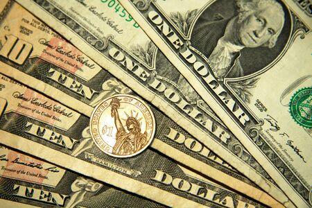 dolar: Antiguo dólares