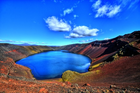crater lake: Lj&oacute,tipollur lake, Iceland