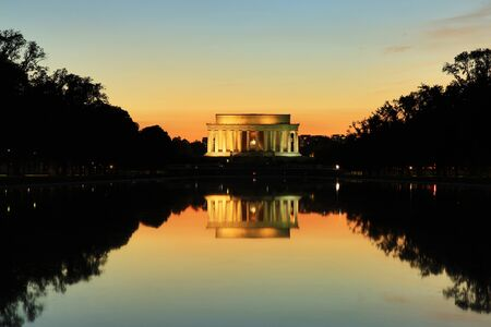 lincoln memorial: Lincoln Memorial Monument at Sunset, Washington DC