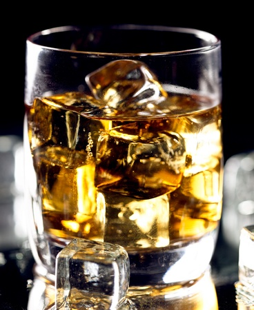 condensation: Vaso de whisky highball