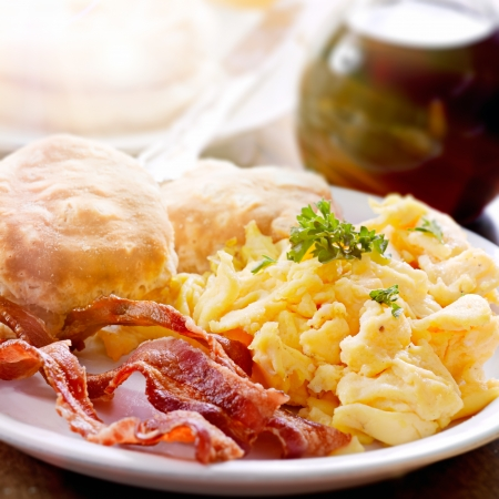 scrambled eggs: hearty breakfast