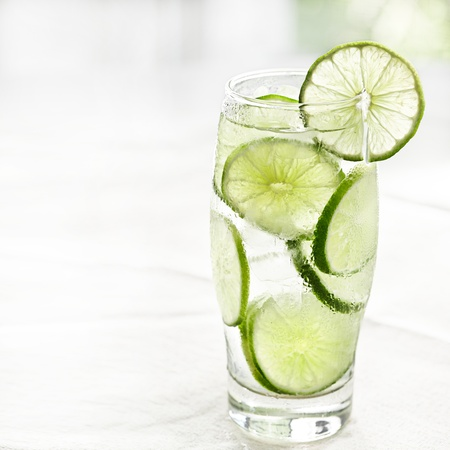 lime juice: lime drink with ice and copyspace
